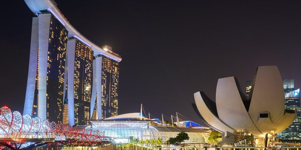 Why is Doing Business in Singapore better than Hong Kong?