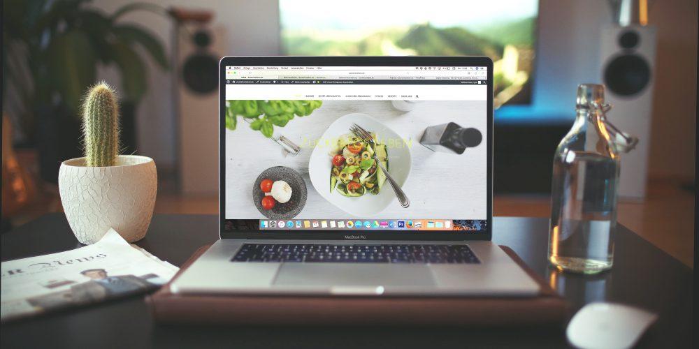 5 easy ways to improve your company's website